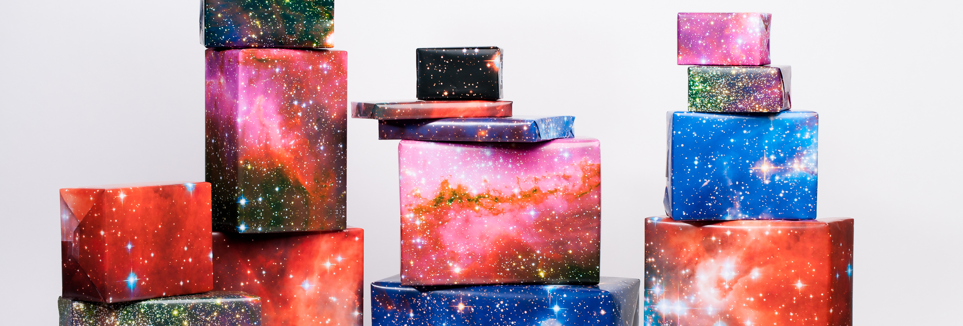 Large Galaxy Print Gift Wrap / 3 Sheets