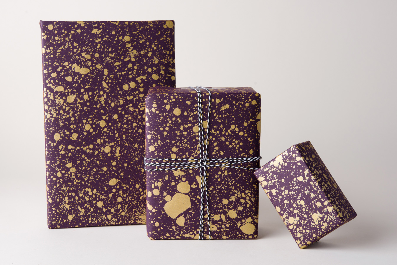 Gold Drops Gift Wrap Purple